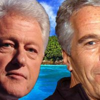VIDEOS: Pro-America Activists Hound Bill Clinton On His Book Tour