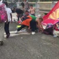 Honduran Caravan Turns Border Bridge in Mexico Into Large Refugee Camp (VIDEO)