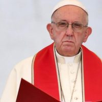 Pope Francis Backs Migrants Again, Still Silent on Clergy Sex Abuse