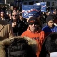 Union Members Chant 'Pay Us Now' Outside White House