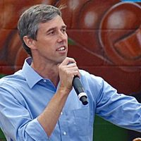 Beto argues only government can be trusted with 'assault weapons' — at Kent State