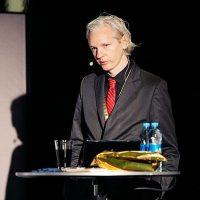 #NeverTrump Round Up: Globalists Across the Spectrum Praise Assange's Arrest