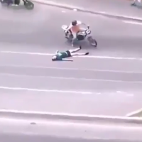 HORROR: Venezuelan laying dead in street stripped of pants