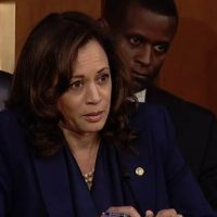 2020 Dem Hopeful Kamala Harris to Introduce Legislation That Would Allow Illegal Alien 'DREAMERs' to Work in Congress