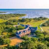 REPORT: Obamas Buying $15 Million Martha's Vineyard Mansion