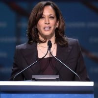 Kamala Harris Reveals that She Wants to Ban Fracking