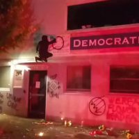 VIDEO: Antifa target Oregon Democratic Party building after fatal SUV hit-and-run