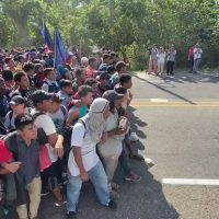 Migrant melee in Mexico: Caravaners clash with national guard