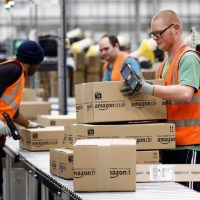 JOBS: Amazon Looking To Hire 100,000 New Workers And Raise Wages