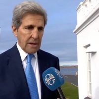 "John Kerry Defends Taking Gas-Guzzling Private Jet to Accept Climate Award in Iceland, ""The Only Choice For Someone Like Me"" (VIDEO)"
