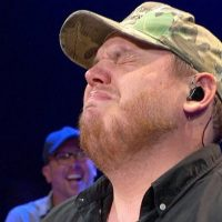 Fake Tough Guy Luke Combs Bows to the Far-Left, Cowers Like a Baby